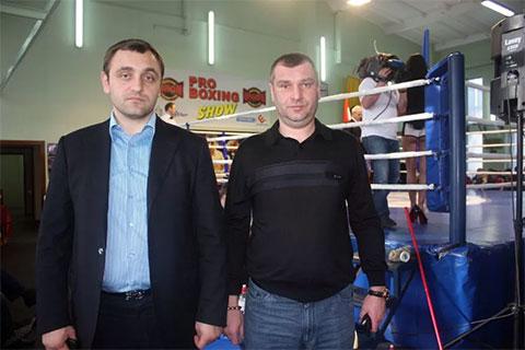 Слева: Армен Саркисян - Армен Горловский
