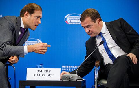 Денис Мантуров и Дмитрий Медведев
