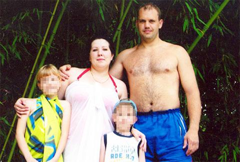 Дмитрий Чудаков с семьей