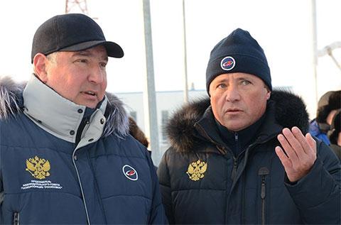 Слева: Дмитрий Рогозин и Игорь Комаров