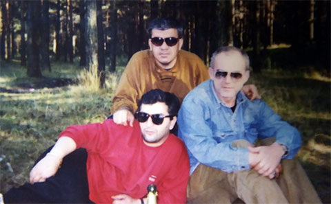 Слева воры в законе: 1) Николай Сохадзе (Коки), 3) Юрий Пачуашвили (Пачуна)