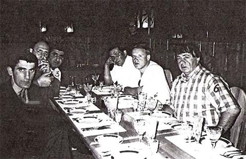 Слева воры в законе: Малхаз Абциаури (Вардена), Георгий Диаквнишвили (Гия Длинный), Тенгиз Озманов (Дато Кувалда), Ное Цулая (Ной), Николай Балашов (Балаш) и Шота Гагуа