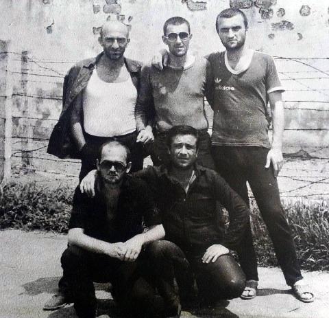 Вверху справа воры в законе: Георгий Углава (Тахи), Малхаз Мосестов, Грузия, ИТК-46; Цулукидзе