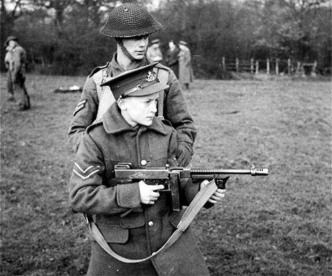 Пистолет-пулемет Томпсона — фото