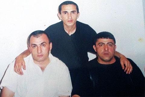 На переднем плане слева воры в законе: Вагиф Сулейманов (Вагиф Бакинский) и Мамед Гусейнов (Мамед Масаллинский)