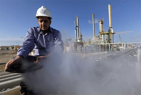 Завод по переработке нефти в Ливии