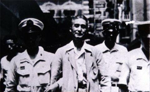 Садамиси Хирасаву доставляют в суд