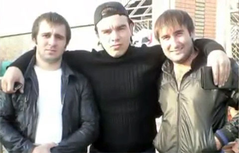 В центре: вор в законе Ахмед Шалинский - Ахмед Домбаев