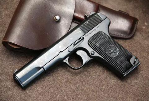 Пистолет ТТ 1951 года - фото