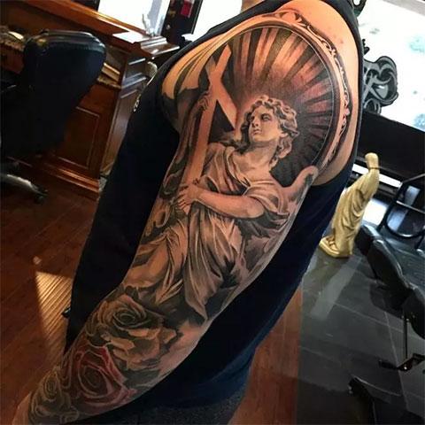 Ангел-хранитель на руке