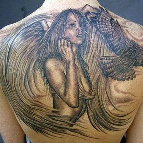 Эскиз ангела на спине