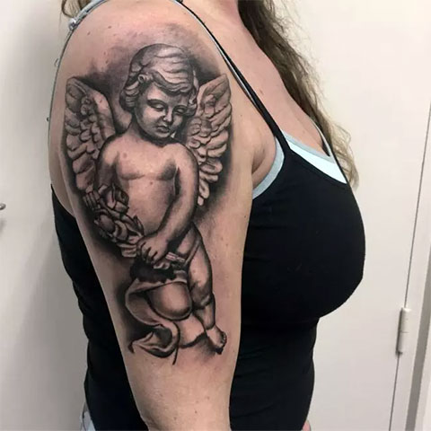 Тату ангела на руке для девушек