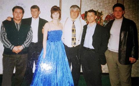 Слева воры в законе: Саша Волчок, Эдик Сахно, Джем, Серега Боец и Олег Ева