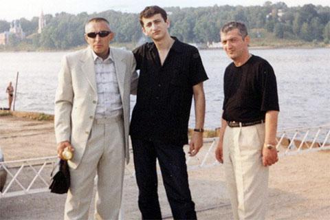 Слева воры в законе: Александр Северов (Север), Вахтанг Хатискаци (Вахо) и Николай Сохадзе (Коки)