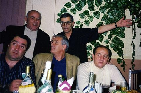 Воры в законе. Вверху: Амиран Гегечкори и Альберт Цинцадзе (Михо); внизу: Реваз Цицишвили (Цицка), Чингиз Ахундов (Седой) и Рамаз Дзнеладзе