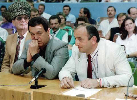 Справа: Отари Квантришвили и Иосиф Кобзон