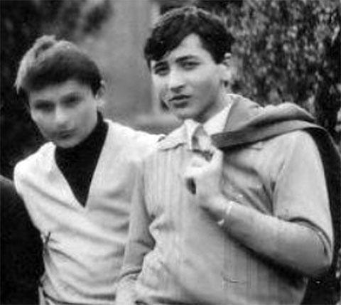 Справа: Важа Биганишвили в молодости