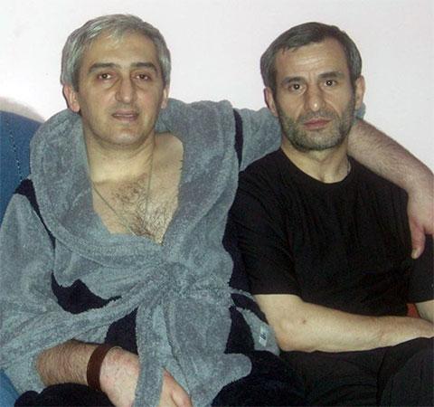 Слева воры в законе: Георгий Манагадзе (Гия Кутаисский) и Бачуки Пачулия (Бачука Потийский)
