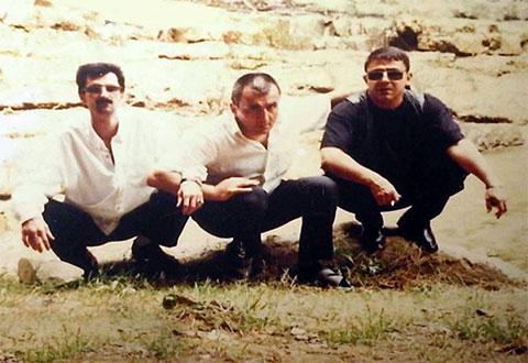 Слева воры в законе: Алибала Гамидов (Годжа Ясамальский), Вагиф Сулейманов (Вагиф Ленкоранский) и Меммед Гусейнов (Мамед Масаллинский)